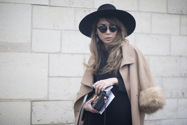 Camel and black 2 Vogue 27Jan15 Dvora_b_646x430