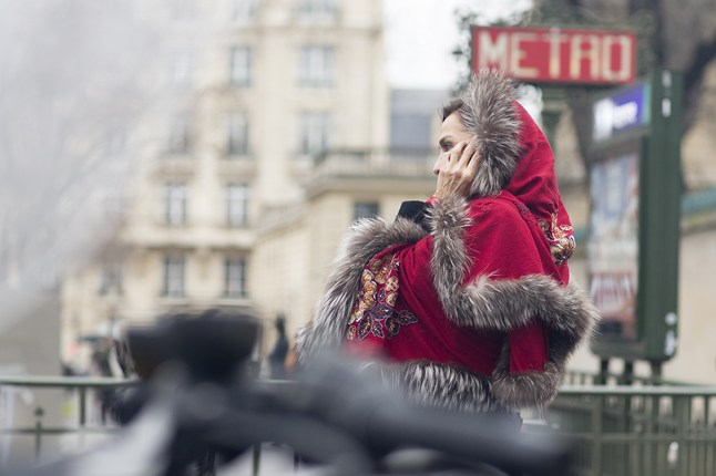 Red Wrap 3 Vogue 27Jan15 Dvora_b_646x430